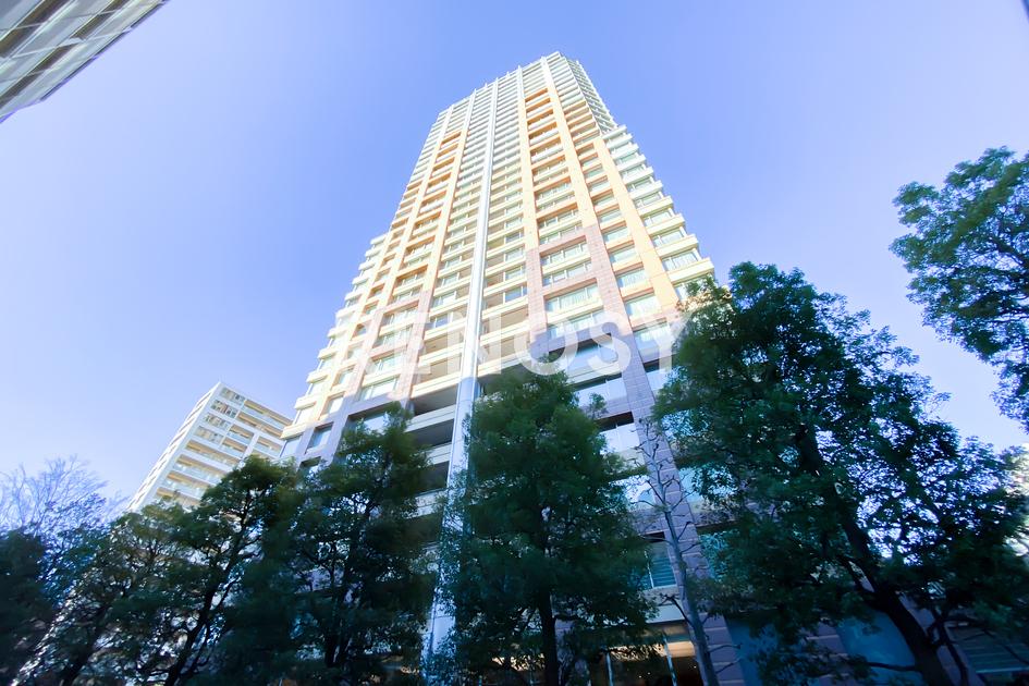 青山パークタワー 18階 2LDK 645,000円の写真3-slider