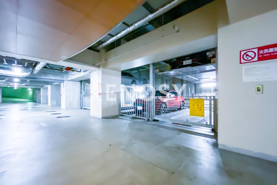青山パークタワー 18階 2LDK 645,000円の写真18-slider