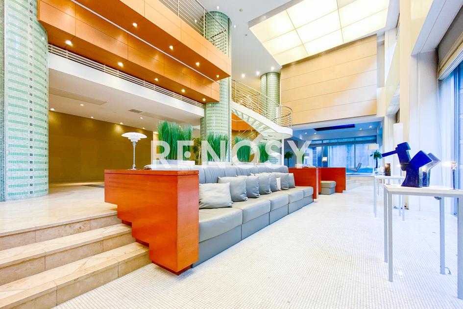 青山パークタワー 18階 2LDK 645,000円の写真8-slider