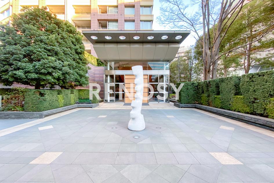 青山パークタワー 18階 2LDK 645,000円の写真5-slider