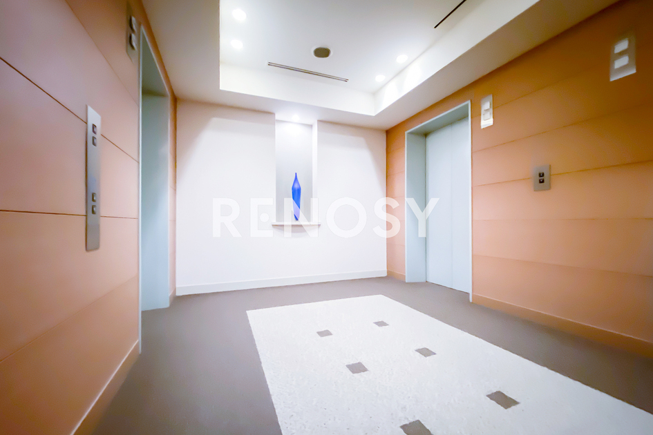 青山パークタワー 18階 2LDK 645,000円の写真25-slider