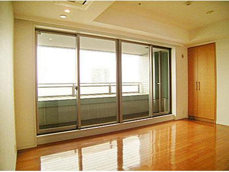 ルネ新宿御苑タワーの写真10-slider