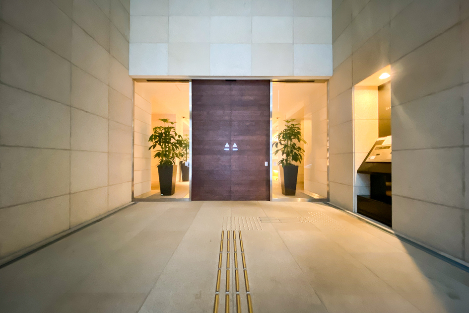 ザ・センター東京 25階 2LDK 340,000円の写真9-slider