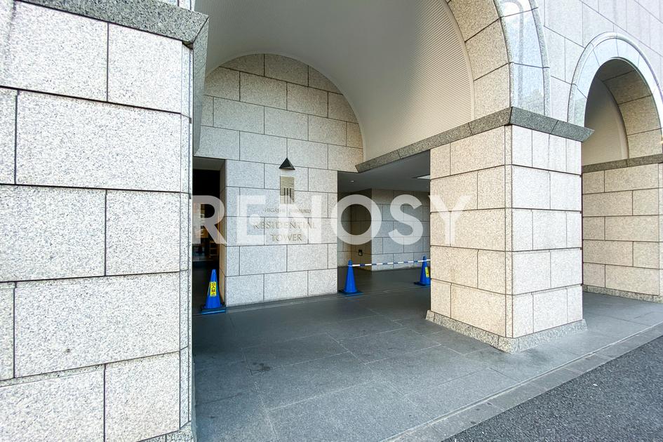 東新宿レジデンシャルタワーの写真2-slider