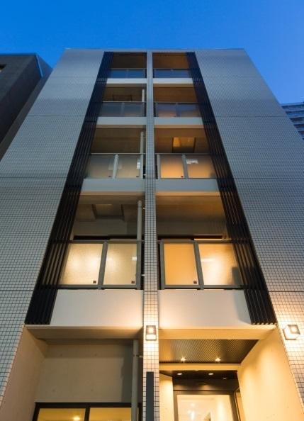 ソレーユ四谷三丁目の写真1-slider