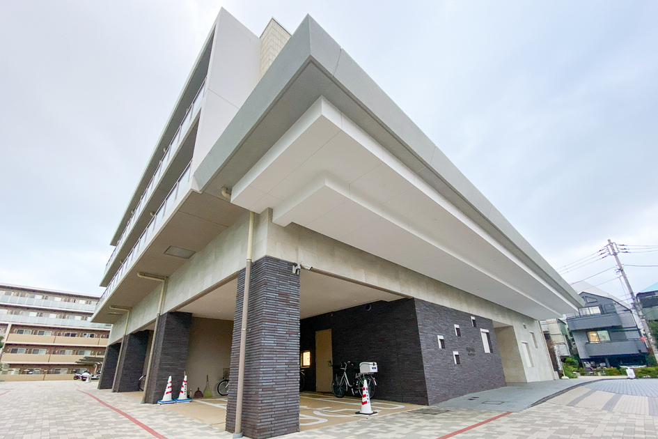 ロイヤルパークス北新宿の写真5-slider