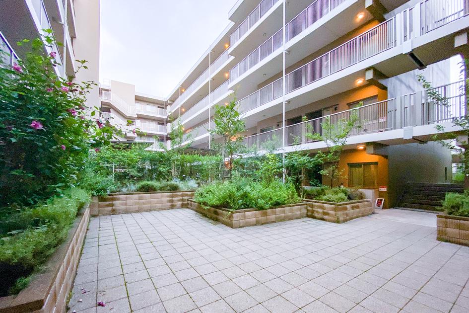 ロイヤルパークス北新宿の写真6-slider