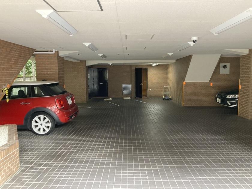 乃木坂パーク・マンションの写真5-slider
