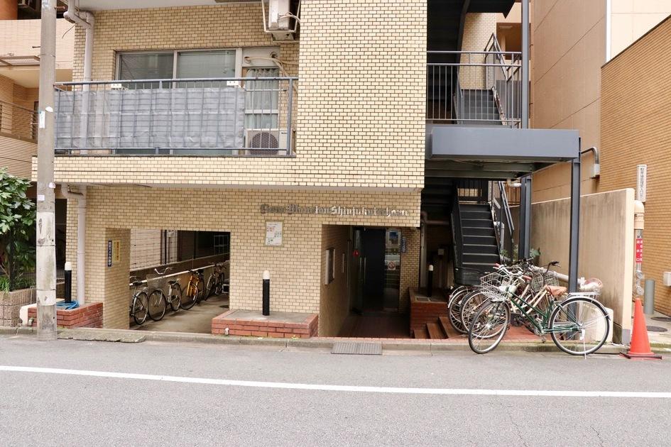 ライオンズマンション新宿一丁目の写真9-slider