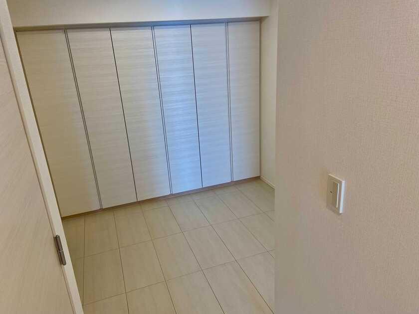 コンフォリア新宿イーストサイドタワー 5階 2LDK 426,800円〜453,200円の写真9-slider