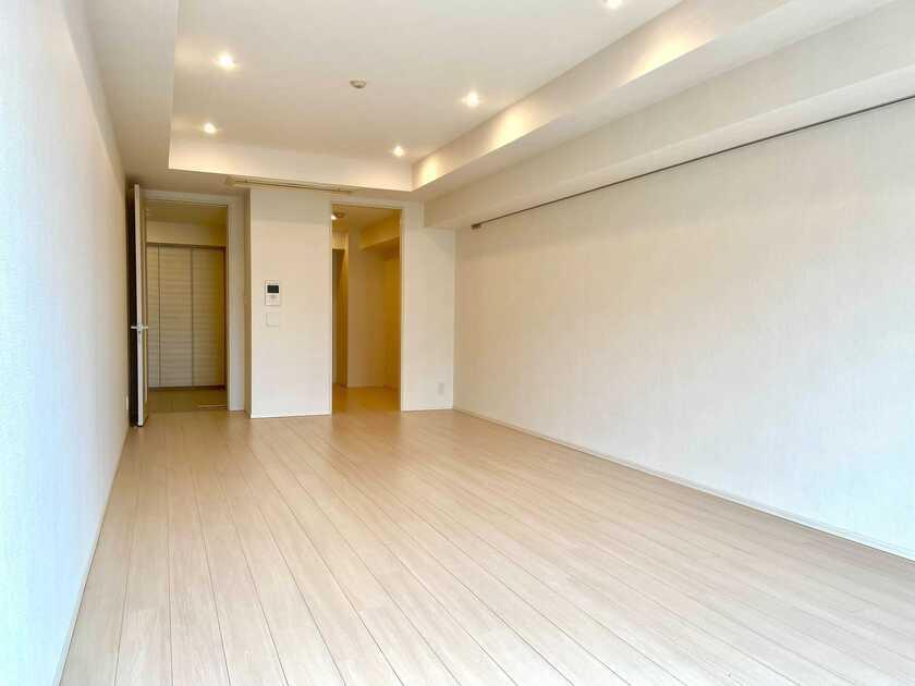 コンフォリア新宿イーストサイドタワー 5階 2LDK 426,800円〜453,200円の写真5-slider