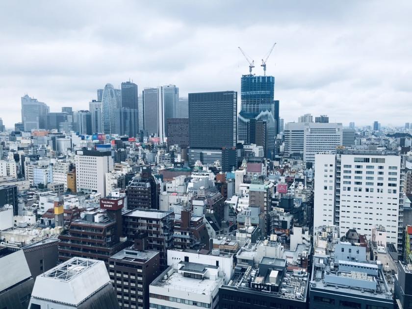 コンフォリア新宿イーストサイドタワー 24階 1LDK 462,000円の写真1-slider