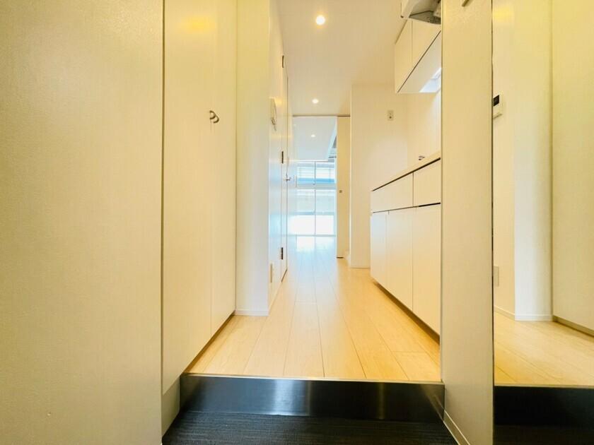 ズーム六本木 2階 1K 150,000円の写真3-slider