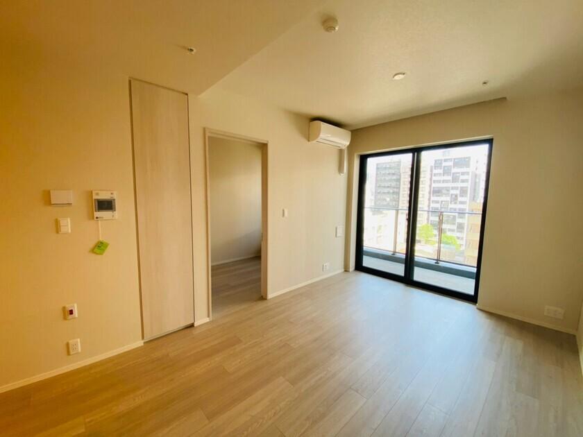 ミッドタワーグランド 6階 1LDK 215,000円の写真5-slider