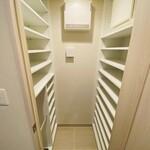 ミッドタワーグランド 6階 1LDK 215,000円の写真4-thumbnail