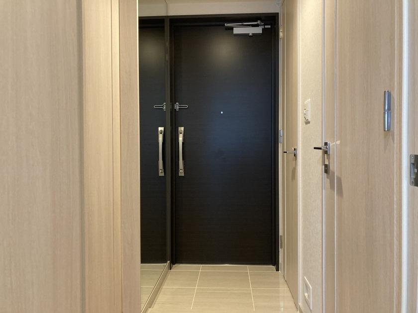 ミッドタワーグランド 16階 1LDK 216,000円の写真3-slider