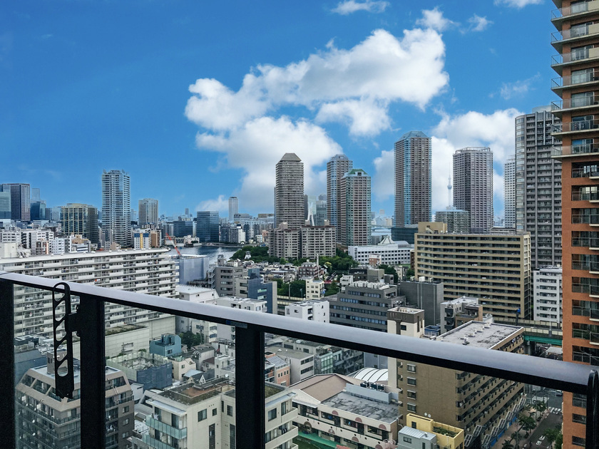 ミッドタワーグランド 16階 1LDK 216,000円の写真1-slider