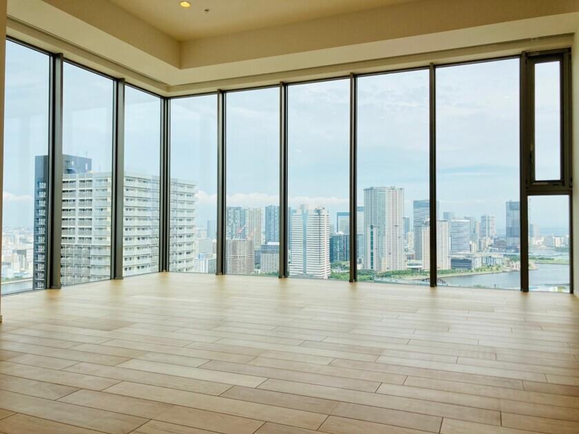 ミッドタワーグランド 31階 2LDK 800,000円の写真1-slider